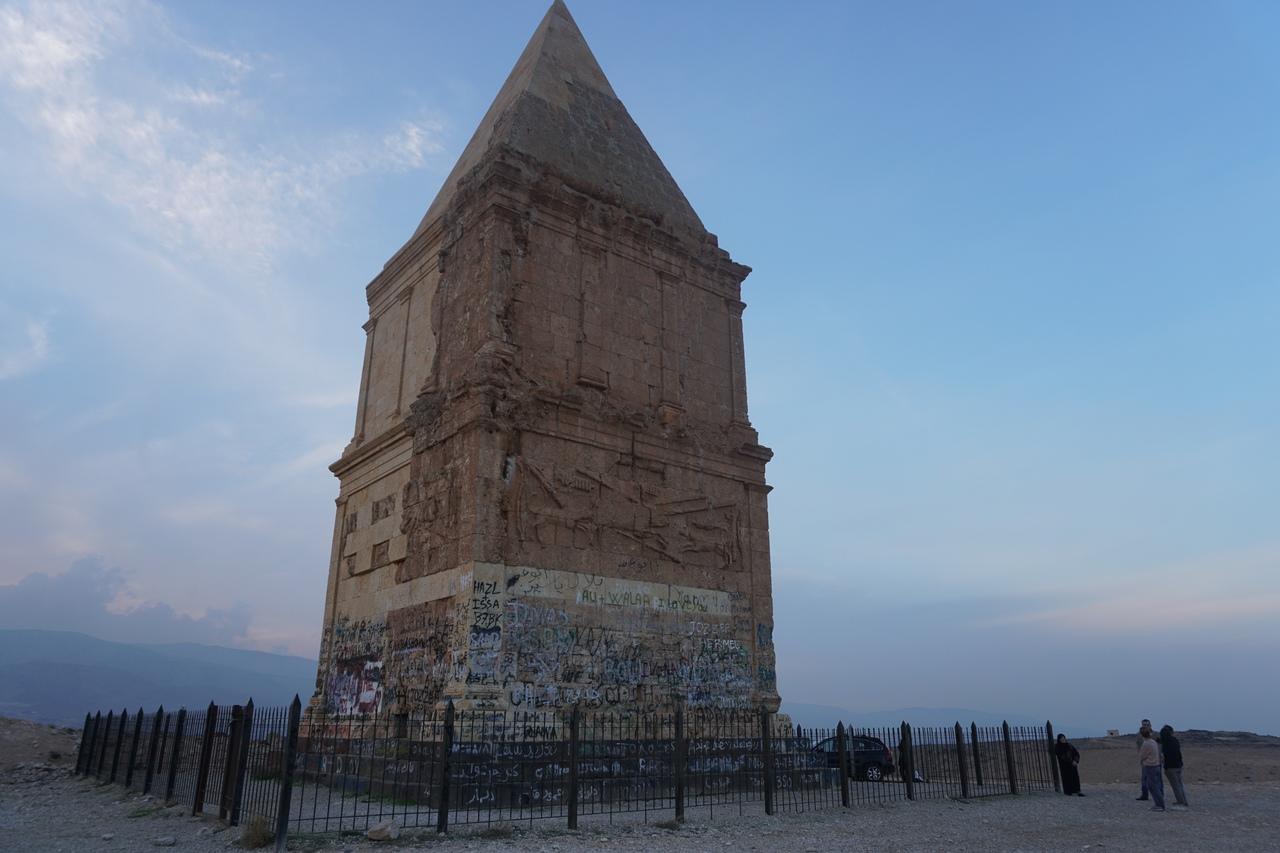 Загадка пирамиды в Хермеле