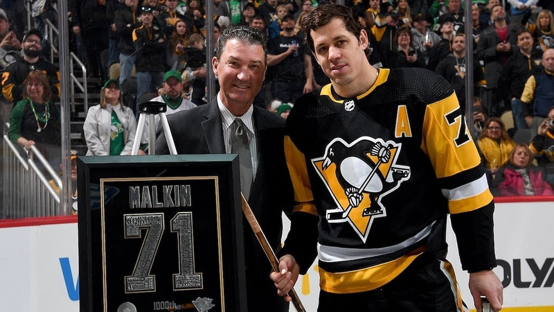 Evgeni Malkin honored for 1 000th point