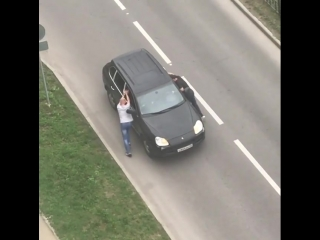 Иногда и «Porsche Cayenne» ломается