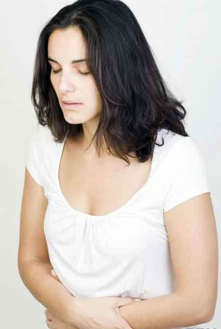 Тошнота является распространенным побочным эффектом витаминов для беременных.