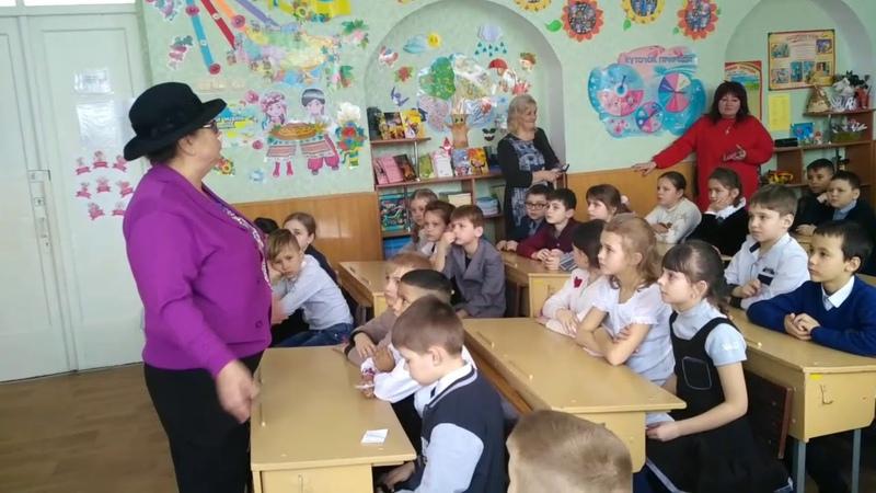 Зустріч зі Світланою Коробовою у школі №9 м Прилуки 1 березня 2019 р