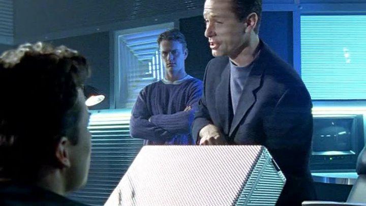 Электронные жучки Bugs (2-й сезон, 4-я серия - Кружащийся дервиш) (1996-1997) (сериал, фантастика, боевик, криминал)