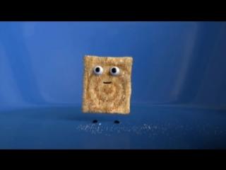 Шок-видео квадратики с корицей едят друг друга