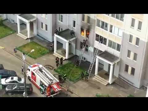 Спасение людей на пожаре в 20-м микрорайоне