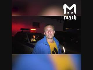 В Кирове пьяный автомобилист объясняет гаишникам как правильно водить машину