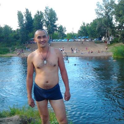 Айнур Шарафутдинов, 18 августа 1985, Салават, id147739296