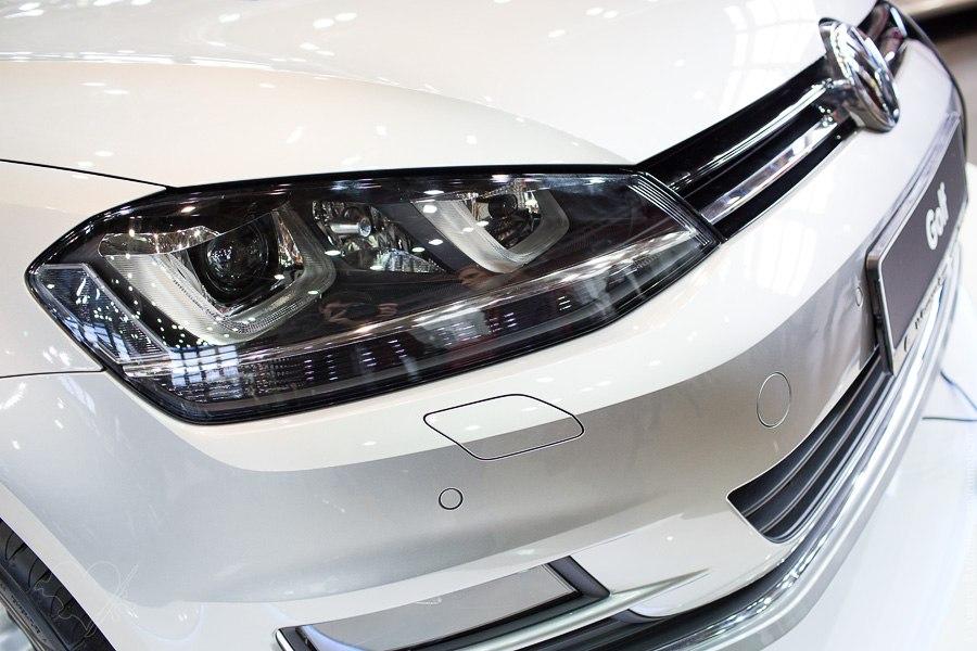 Мир автомобиля Volkswagen Golf VII