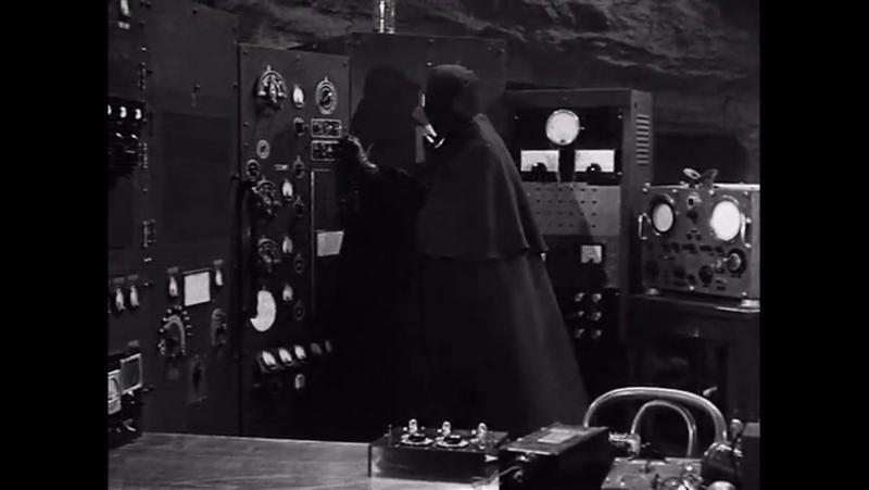 Бэтмен и Робин (1949 ) 2 серия ( перевод одноголосый)