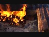Пчеловодство: Перетапливаем воск в старой суши на огне