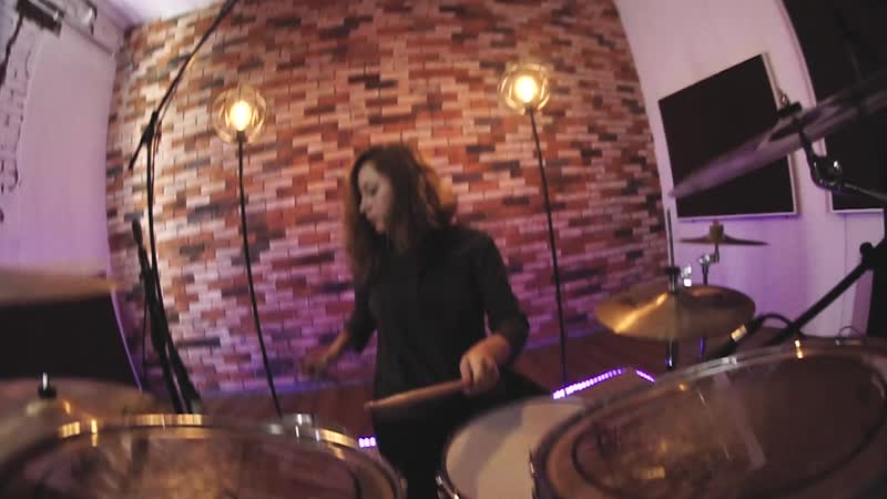 Metallica - Enter Sandman - Drum cover - Александра Сафонова (GORODKOVDRUM)