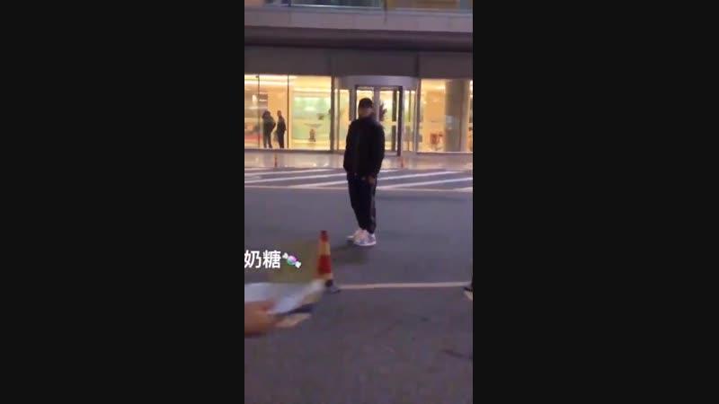 [AIRPORT] ✈181202 KrisWu Wuyifan @ Beijing Airport