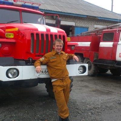 Anton Aleksanbrovich, 7 апреля 1990, Хабаровск, id203736374