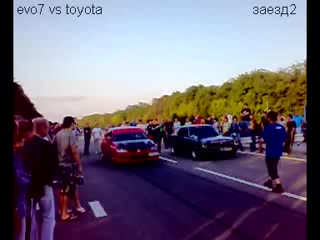 Toyota Corona Mark II. vs Evo 7 (заезд 2)