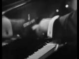 Артур Рубинштейн играет на бис Полишинеля Вила-Лобоса