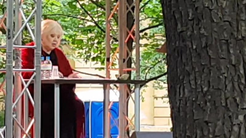 Поэтический вечер Светланы Крючковой в Фонтанном Доме, посвящённый 129-летию со дня рождения Анны Ахматовой (часть - 2)