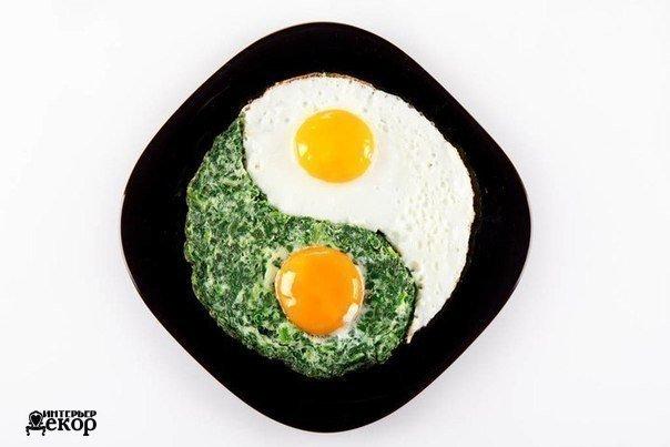 9 интересных способов подать яичницу (9 фото)