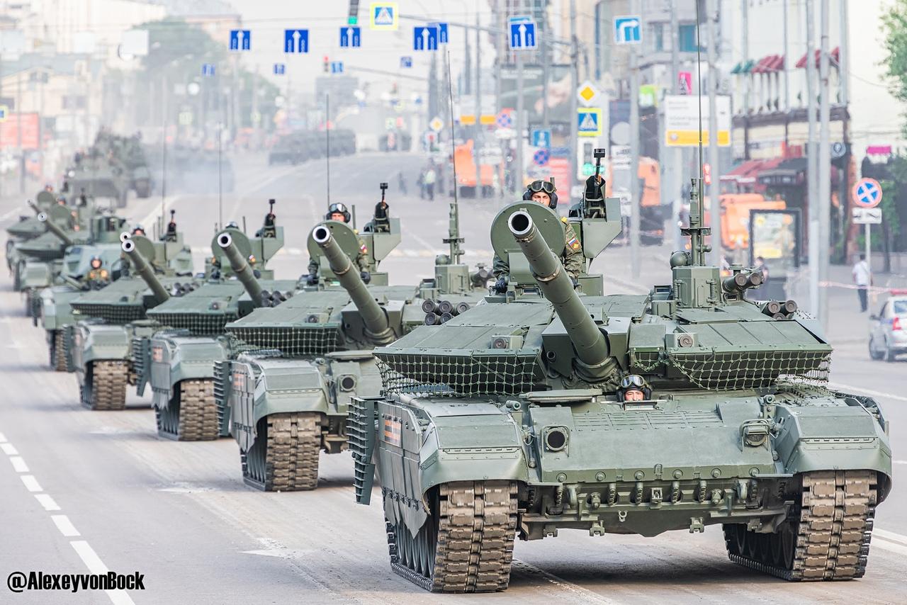 الدفاع الروسية تنشر صورا للعرض العسكري التجريبي الخاص باحتفالات عيد النصر 15WKuD9NqQU
