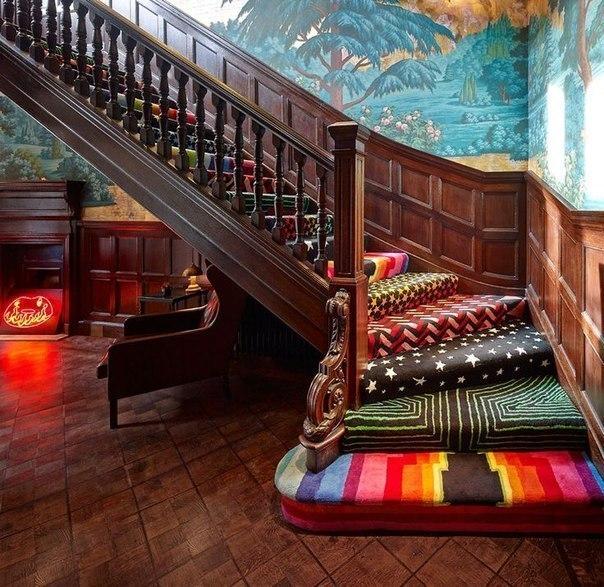 Волшебная мягкая лестница (1 фото) - картинка