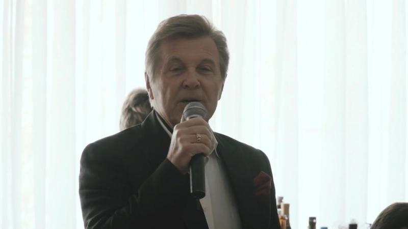 Лев Лещенко поздравил екатеринбургских ветеранов с Днем Победы. Екатеринбург. 9 мая 2017г.