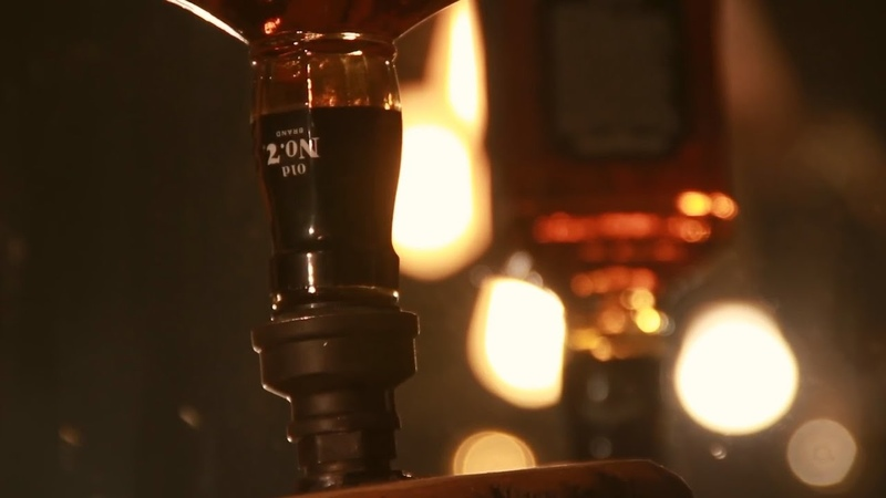 Как сделать диспенсер для крепчака ⁄ How to make whiskey dispenser