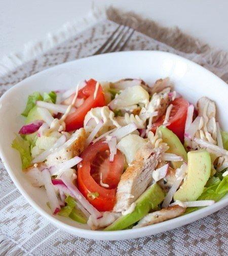 «Калифорнийский куриный салат»