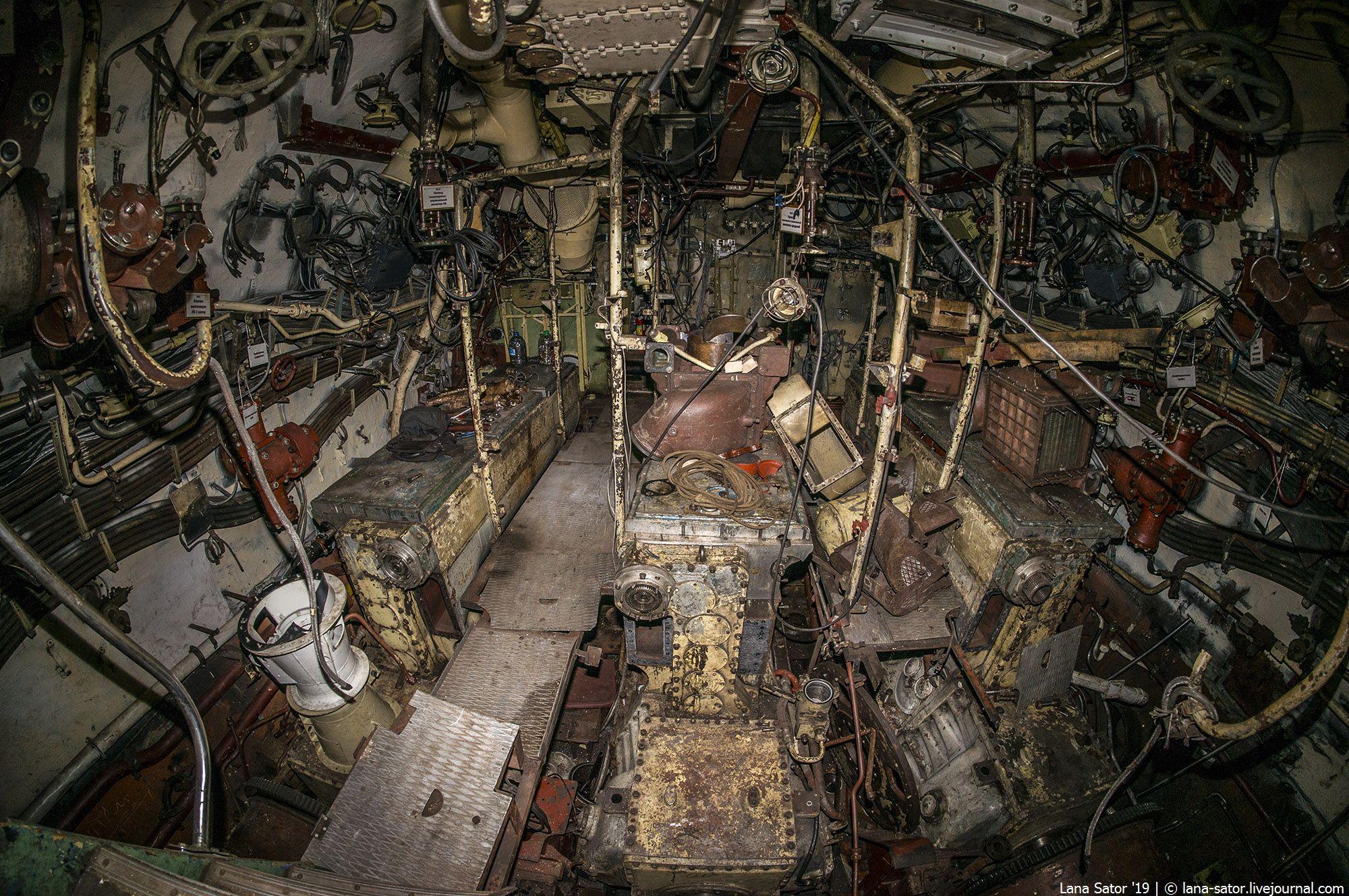 Ржавая подводная лодка