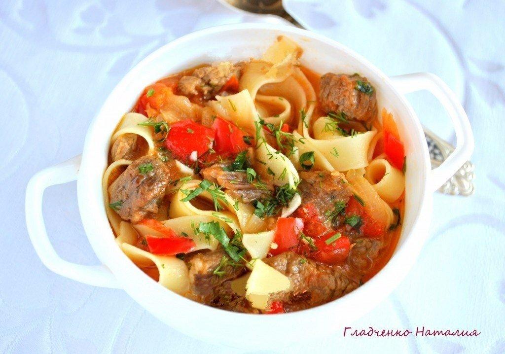 Вкуснейший лагман Лагман - популярное среднеазиатское национальное блюдо,