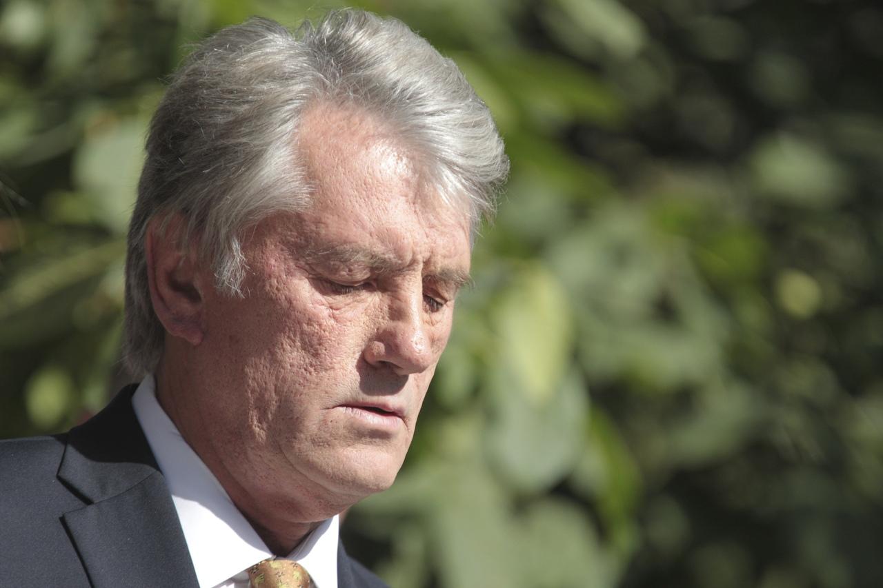 Ющенко сравнил жителей Донбасса с населением нацистской Германии