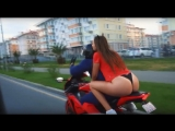 Vlad1000RR - Девушка в стрингах по городу