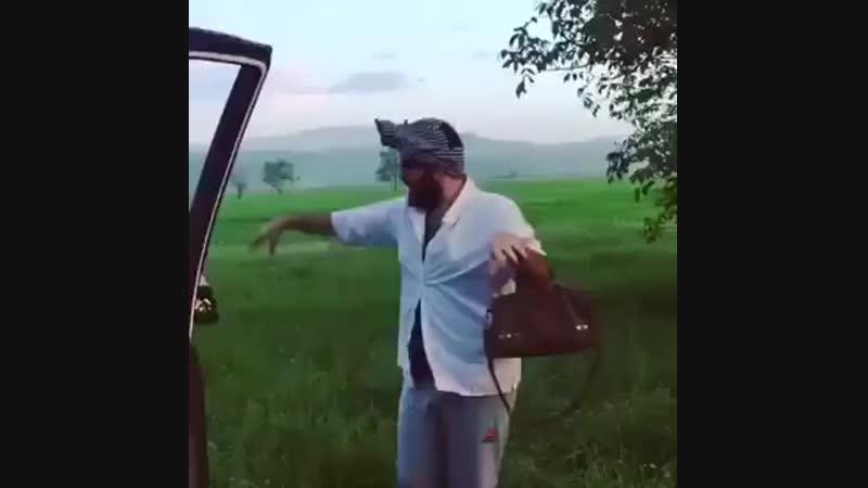 суннит-азер-гей в своем репертуаре