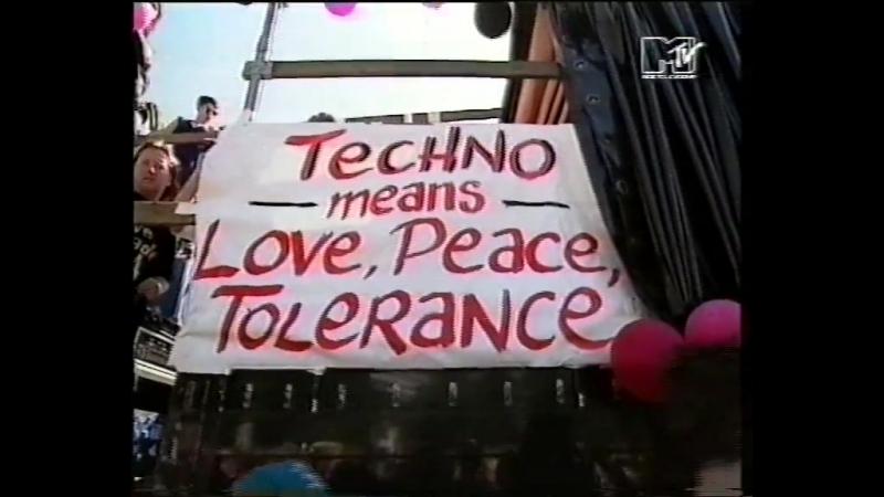 MTV Europe host Steve Blame visits the Loveparade 1994 in Berlin for MTV News