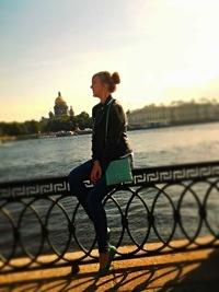Анжелика Валевская