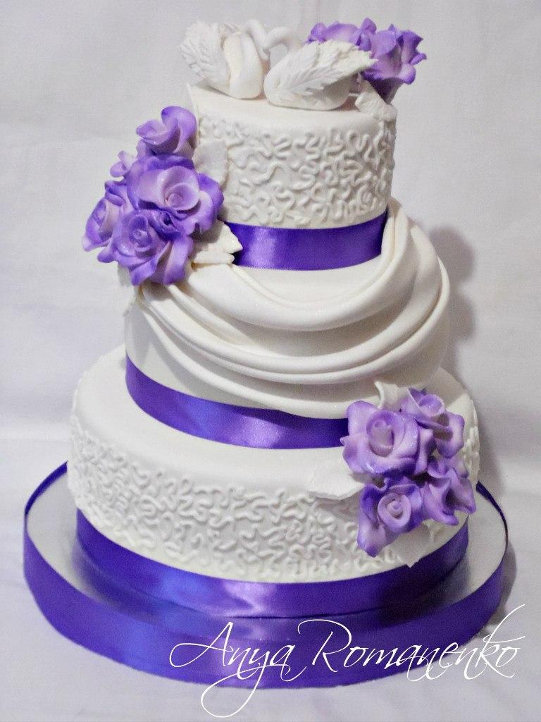 Торт свадебный сиреневый