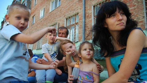 Почти 14 тысяч беженцев из Украины пересекли Ростовскую область за сутки