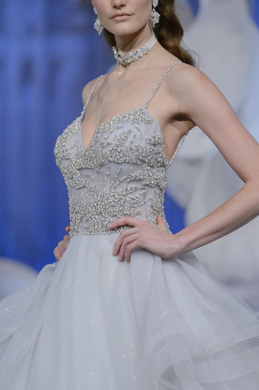 Ue7tkfhYA0M - Коллекция свадебных платьев Nicole