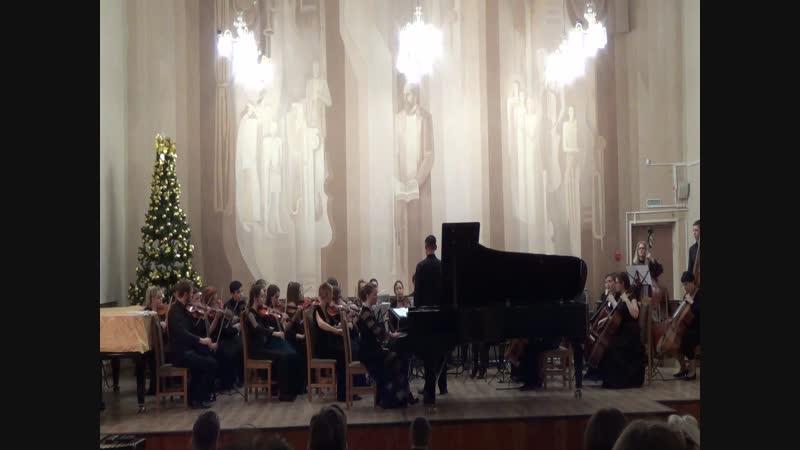 Концерт Бетховена №2 2-3 части. Фомичёва Настя (кл. Мельниковой Е.П.) с симф оркестром (дир. Мумятов П.А.)