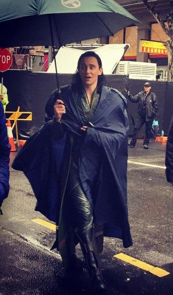 Свежие фото сосъемок третьего «Тора»: новый костюм Локи ит