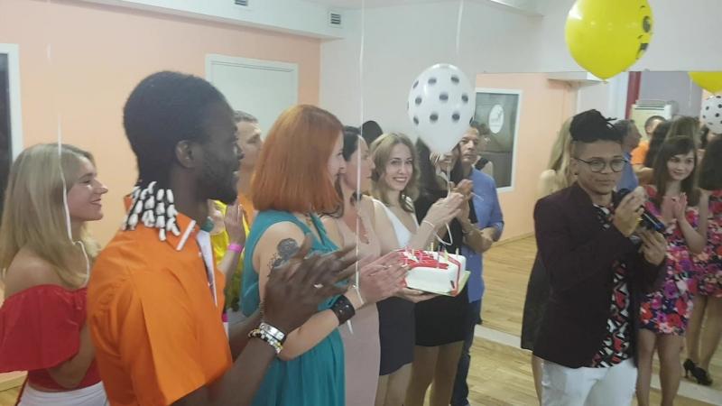 BIRTHDAY PARTY 23.06, Thierry Deha Rafael Dos-Santos. Поздравление и вручение подарков.