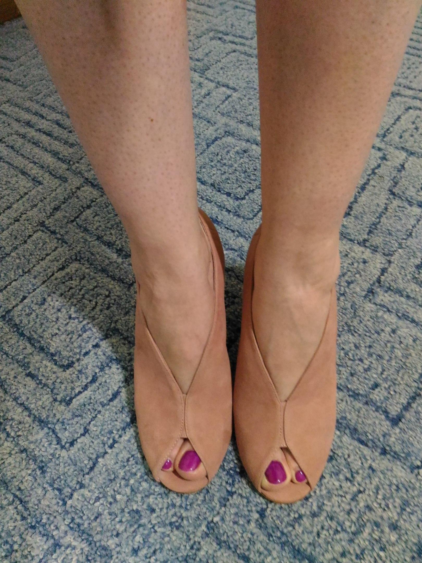 Пришла ко мне пара опупительной обуви Боже какие же они мягкие Замша нежная как шкурка персика Мурчать хочется от удовол