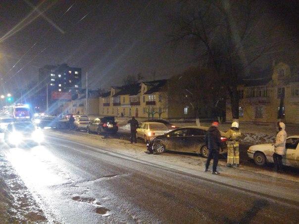 В Вологде столкнулись 6 автомобилей (ФОТО)