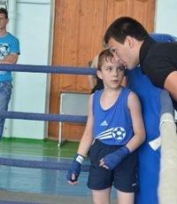 Никита Афонин, 17 августа , Новоаннинский, id180229716