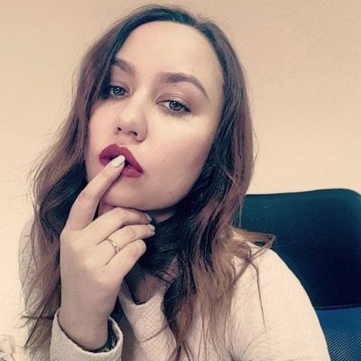Оленька Гордеева