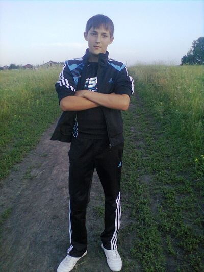Олег Носов, 22 марта 1998, Владивосток, id170070410