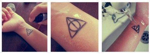 Как сделать временную татуировку UhkQYoB4hyo