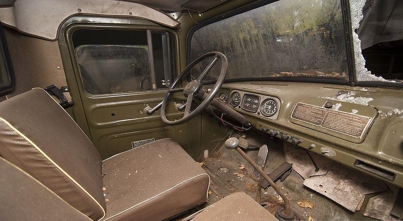 внутри грузовика