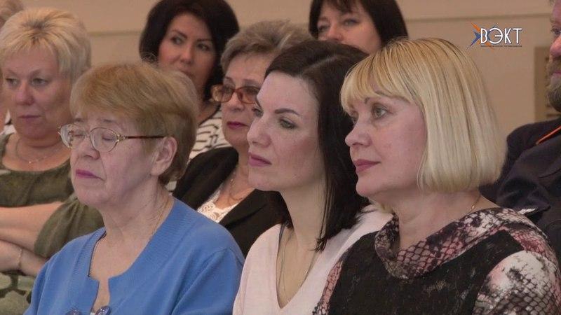 На зональном семинаре профсоюзного актива госучреждений России участники обменялись опытом