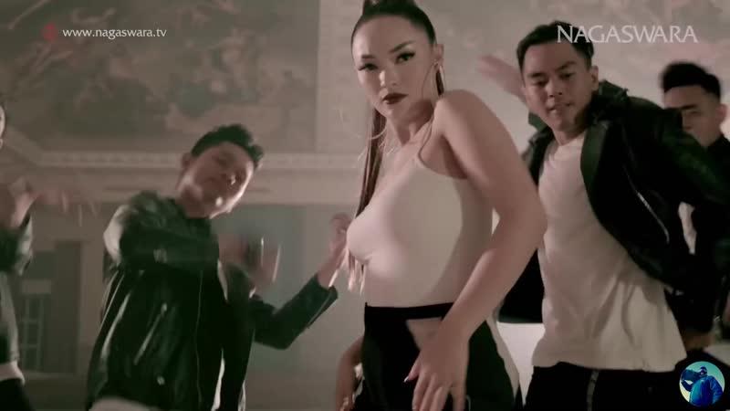 Zaskia Gotik Paijo feat RPH u0026 Donall Смотреть Клипы