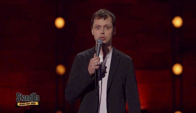 Stand Up: Виктор Комаров - О боксе, хоккее, шлепках по попе и колоноскопии