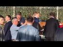 Мойте руки перед едой!: «Вы нас на обед ждете?»: Путин и Медведев приехали в яблоневый сад под Ставрополем