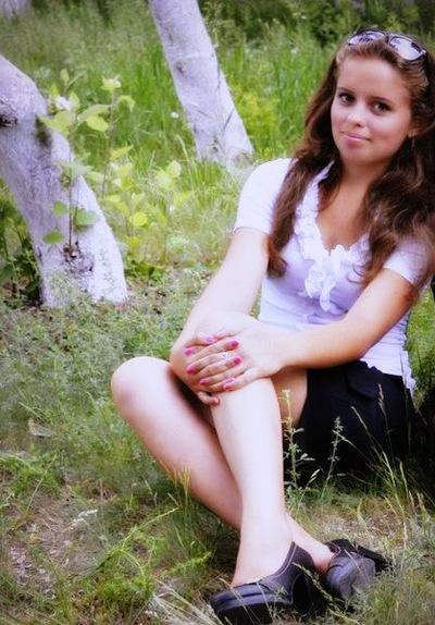 Каринка Денисенко, 14 мая , Антрацит, id221268301